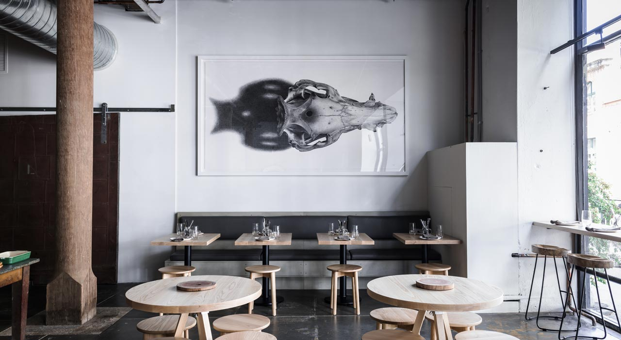 CL-UNIVERSAL-Elephant-ECOUSTIC-Nomad-Restaurant-011-1280x700-0-leathers-leather-acoustic-panels-panel