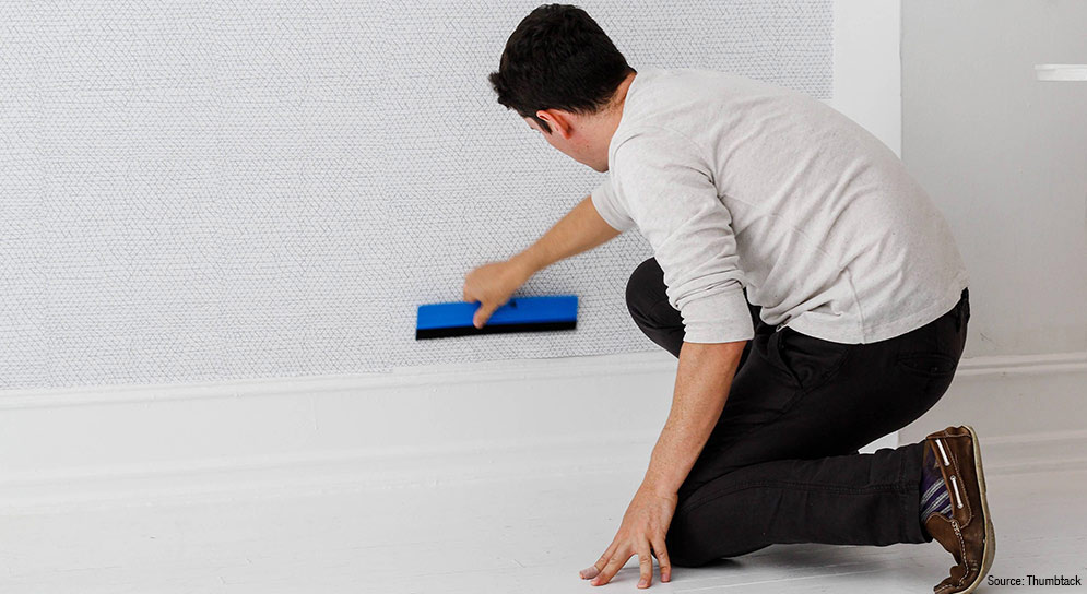 wallcovering_installation_smoothing_Thumbtack-170518-5537-1_2_995x544_0
